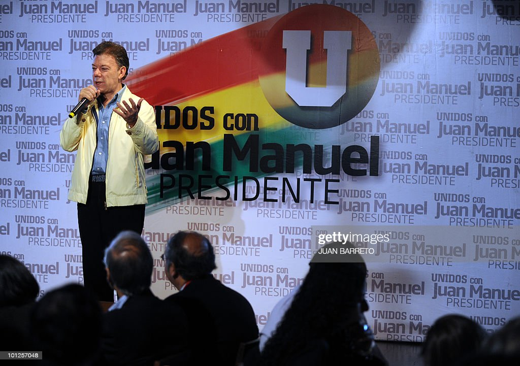 Colombian former Defense Minister and presidential candidate for the ruling National Unity party, Juan Manuel Santos, speaks during a press conference in Bogota on May 29, 2010. Colombia will hold presidential elections on Sunday, and according to polls, a run-off election between Antanas Mockus for the Green Party and Juan Manuel Santos for the ruling National Unity Party, will take place on June 20.
