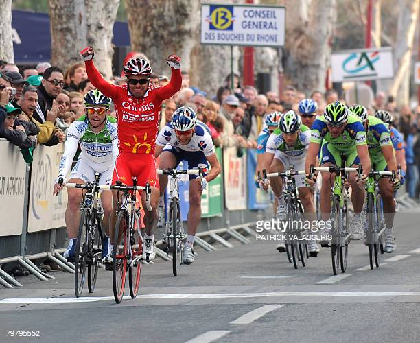 Colombian Leonardo Duque crosses the finish line of the 4th stage of the 35th Tour Mediterraneen, on February 16, 2008 in Marignane, southern France....