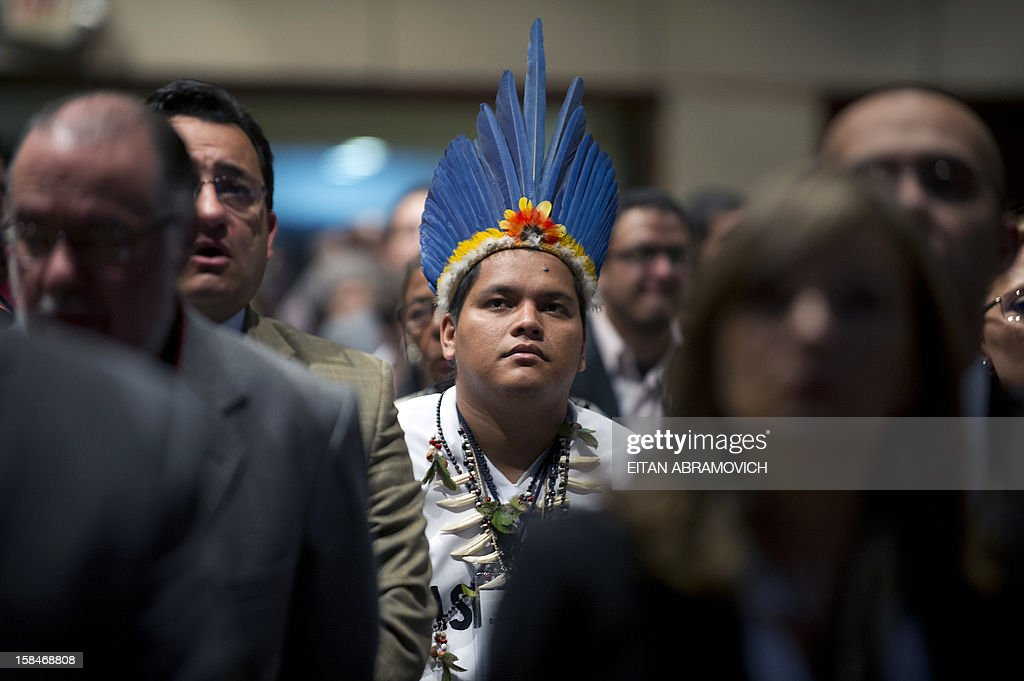 A Colombian native attends the opening ceremony of a forum on agricultural policy in Bogota, Colombia, on December 17, 2012, in the sidelines of the peace talks that Colombia's government and the FARC rebel group are holding in Cuba. AFP PHOTO/Eitan Abramovich