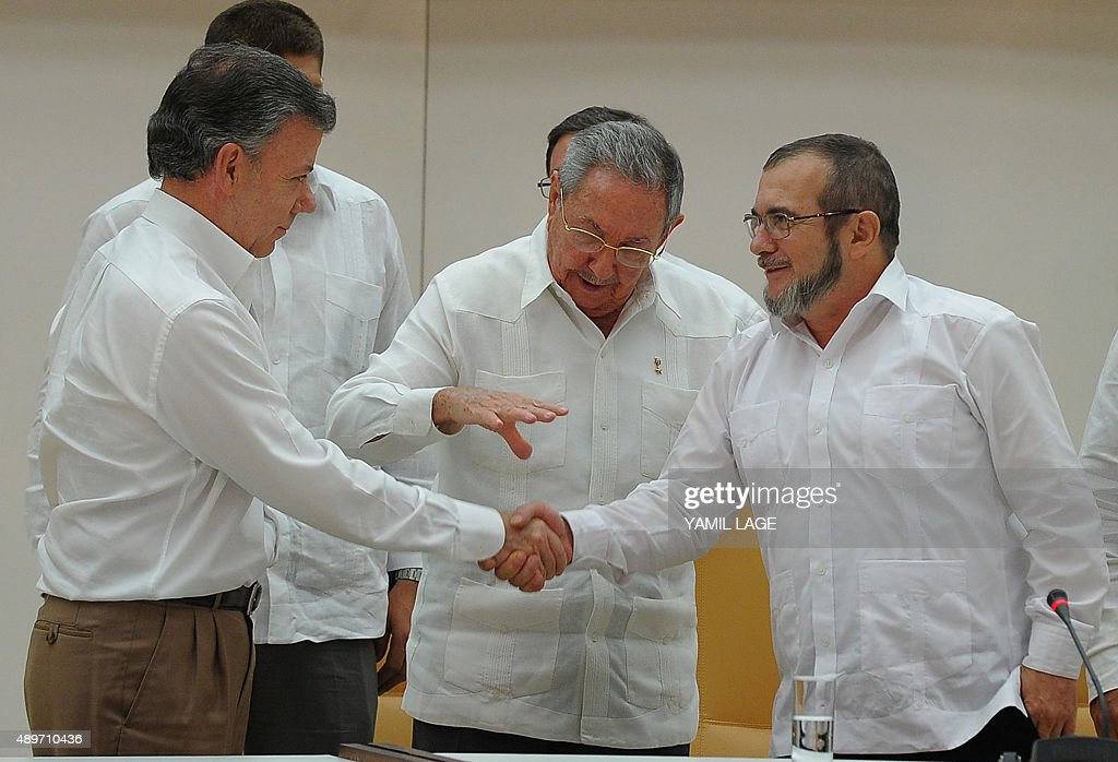 CUBA-COLOMBIA-FARC-CONFLICT-PEACE-CASTRO-SANTOS-TIMOCHENKO : News Photo