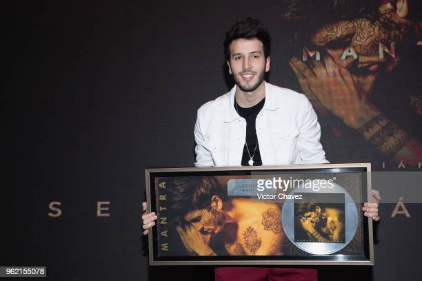 32 Sebastian Yatra Press Conference In Mexico Pictures