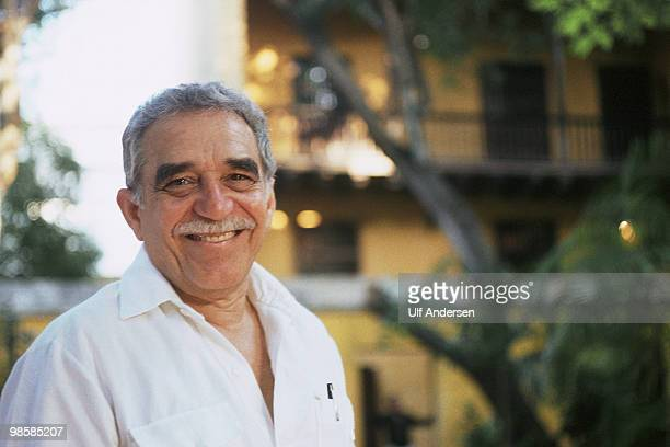 Colombian writer and Nobel prize in literature winner Gabriel Garcia Marquez poses for a portrait session on February 201991 in Carthagena Colombia