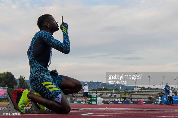 Colombia's Anthony Jose Zambrano gestures prior taking the start of the 400m Men during the Diamond League athletics meeting on June 10, 2021 at the...