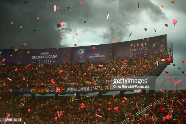Colon fans support their team during the final of Copa CONMEBOL Sudamericana 2019 between Colon and Independiente del Valle at Estadio General Pablo...