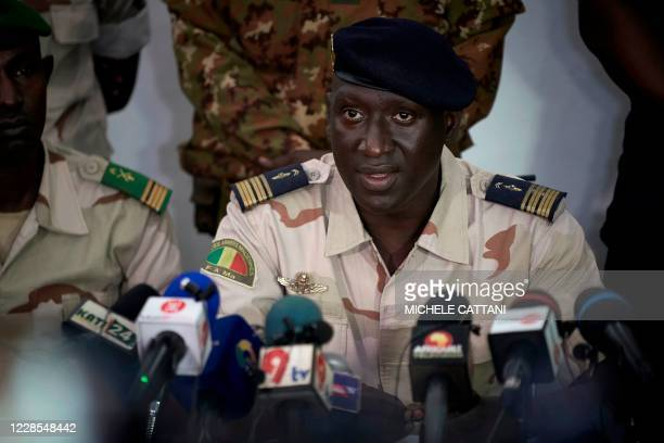 Colonel-Major Ismael Wague, spokesperson for the CNSP addresses to the press at the CNSP headquarters in Kati, on September 16, 2020. - A day after...