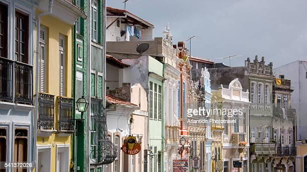 colonial buildings on rua do carmo in the pelourinho district - rua stock-fotos und bilder