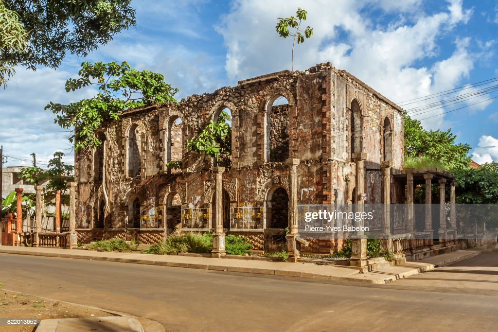 Colonial ruin in Hell-Ville : Stock Photo