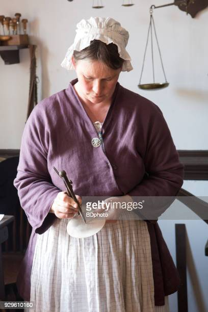 colonial scene in williamsburg, virginia - williamsburg virginia stock pictures, royalty-free photos & images