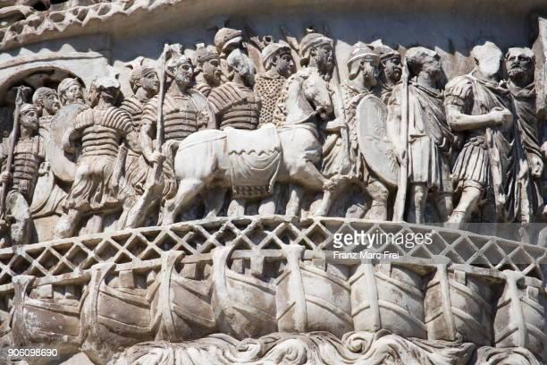 colonna di marco aurelio, piazza di colonna, piazza di colonna, rome, lazio, italy - bas relief stock pictures, royalty-free photos & images