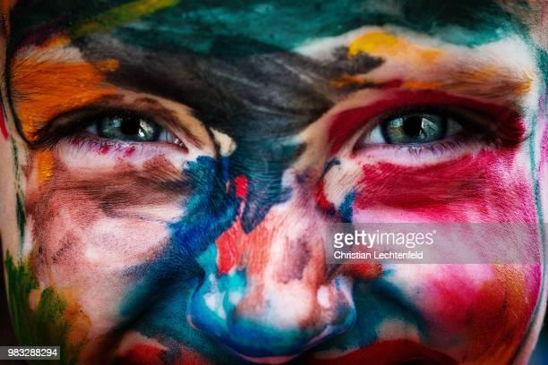 color doesn't matter - body paint stock-fotos und bilder