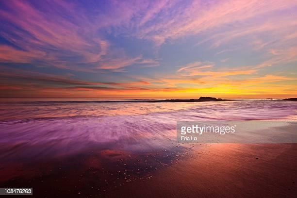 color splash at sunset, laguna beach - laguna beach california stock pictures, royalty-free photos & images
