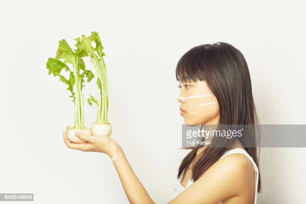 color veggies - 茶髪 ストックフォトと画像