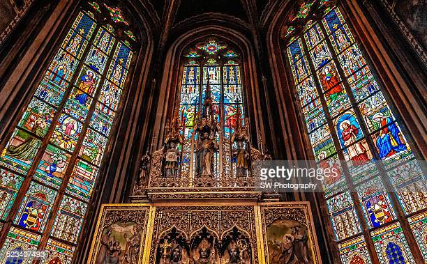 color windows in st. vitus cathedral - st vitus's cathedral stock pictures, royalty-free photos & images