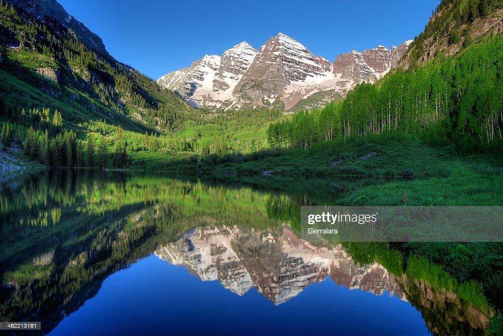 USA, Colorado, Aspen, Maroon Bells in morning : Stock Photo