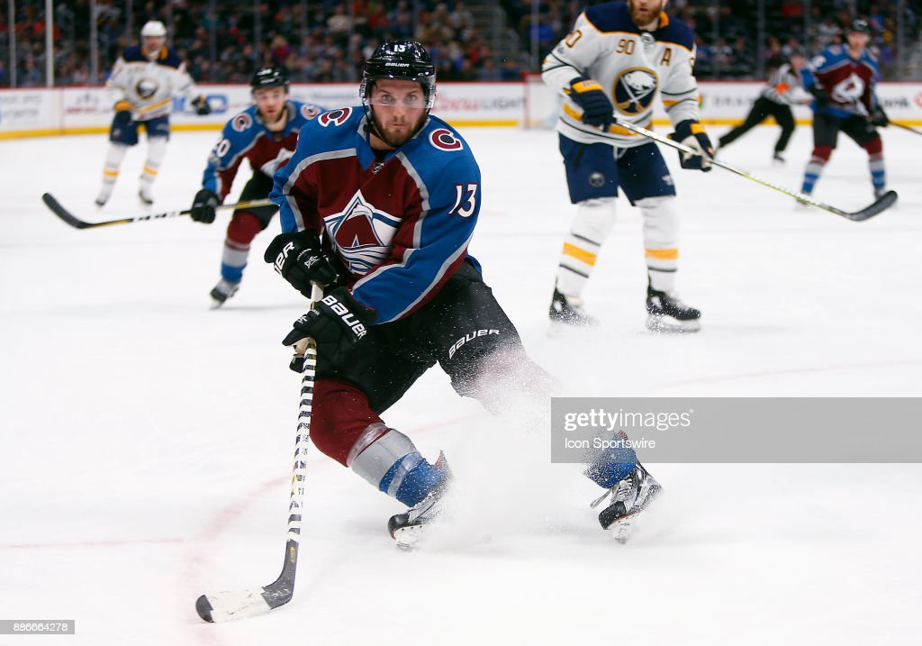 NHL: DEC 05 Sabres at Avalanche : News Photo