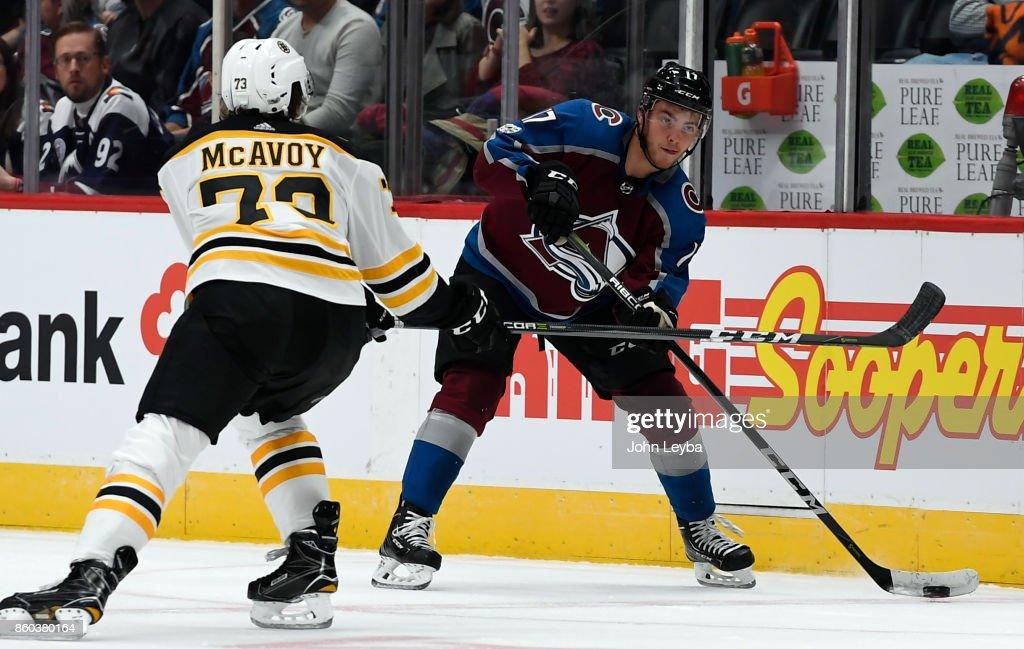 Colorado Avalanche veresus Boston Bruins at Pepsi Center : News Photo