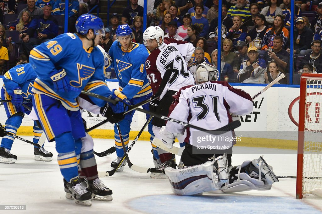 NHL: APR 09 Avalanche at Blues