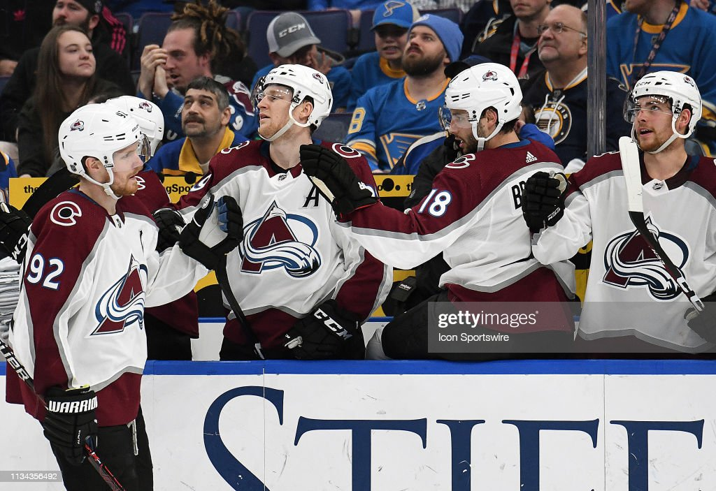 NHL: APR 01 Avalanche at Blues : News Photo