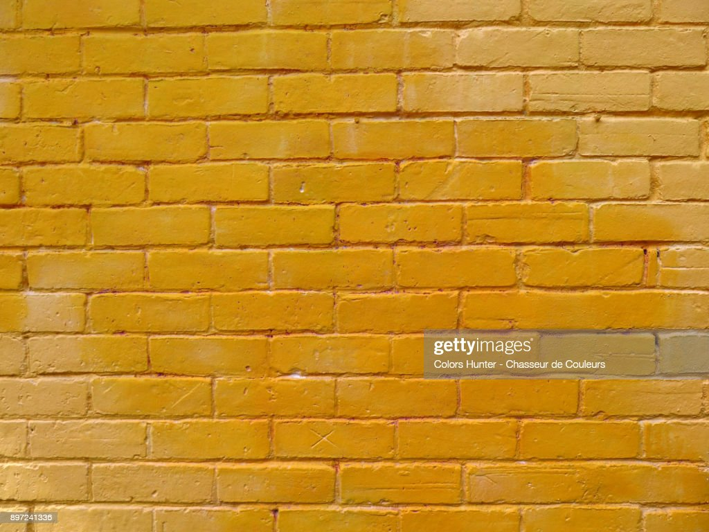 Colored Bricks Wall Stock-Foto | Getty Images