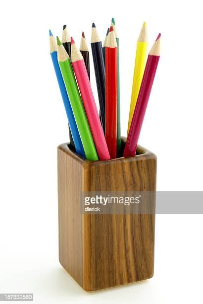 カラー鉛筆のクルミ材のホルダー