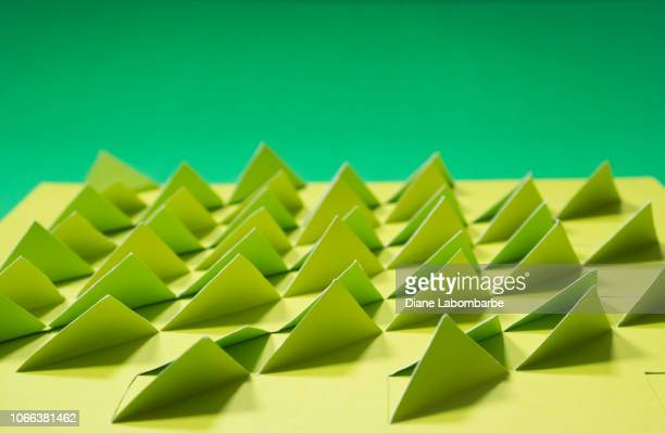 3D Origami Triangles : 4 Steps - Instructables | 399x612