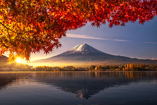 Colorful Autumn Season and Mountain Fuji with morning fog and red leaves at lake Kawaguchiko is one of the best places in Japan - gettyimageskorea
