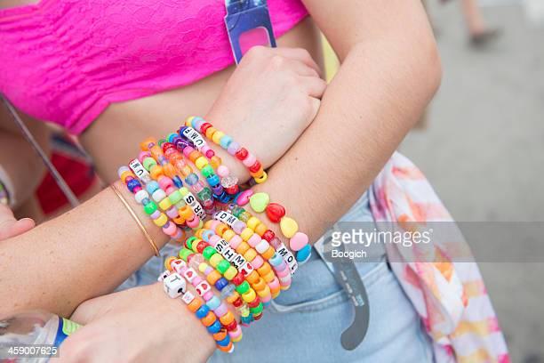 Colorido Bracelets cuentas.