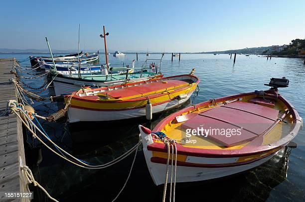 Farbenfrohen Boote an der französischen Riviera