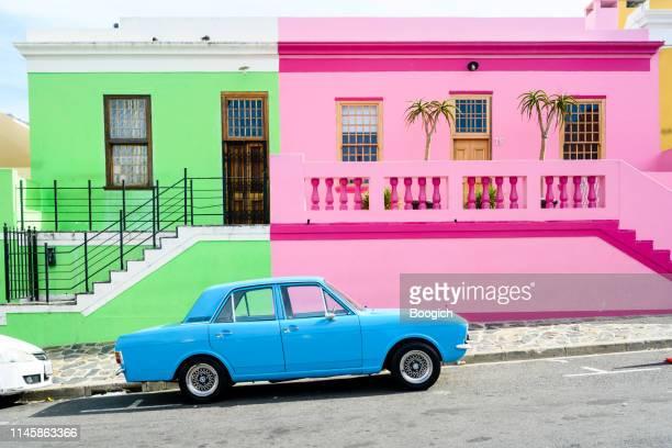 colorful bo-kaap neighborhood houses in cape town south africa - província do cabo ocidental imagens e fotografias de stock