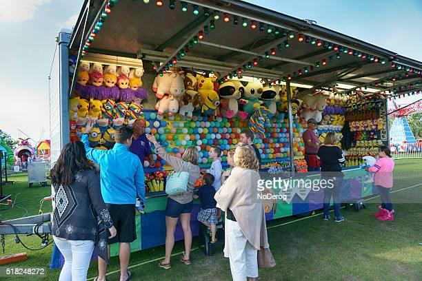 Bunte Karneval Stand in Gemeinschaft Festival