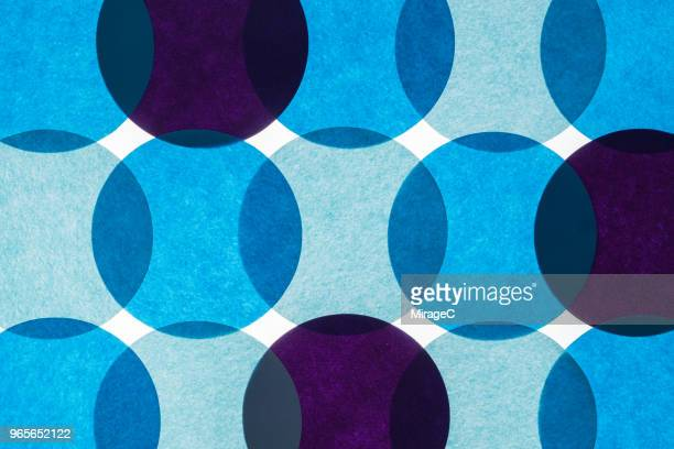 colorful circle paper back-lit pattern - formation stockfoto's en -beelden
