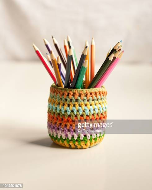 colorful crochet vase with colour pens inside - color pencil stock pictures, royalty-free photos & images