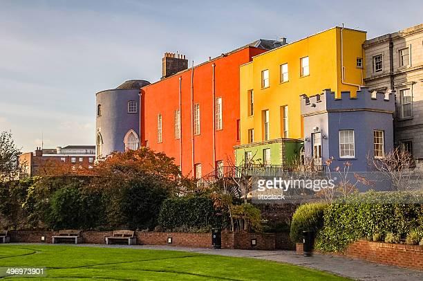 カラフルなダブリンの城 - ダブリン城 ストックフォトと画像