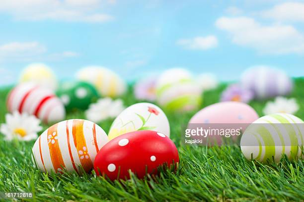 colorful easter eggs - gras stock pictures, royalty-free photos & images