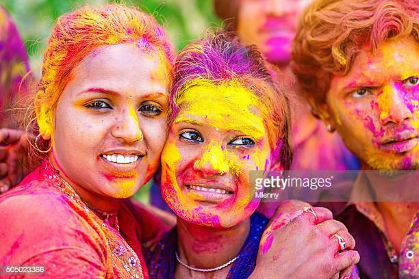 Bunte Gesichter Holi Festival feiern in Indien Frauen Festival der Farben