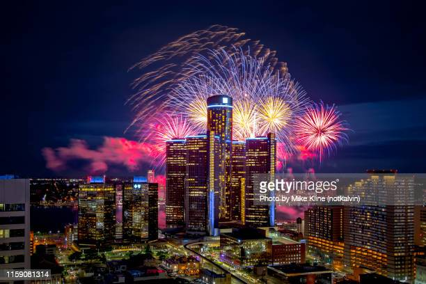 colorful fireworks in detroit - デトロイト ストックフォトと画像