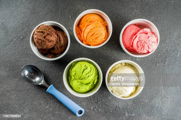 colorful ice cream little creamer bowls