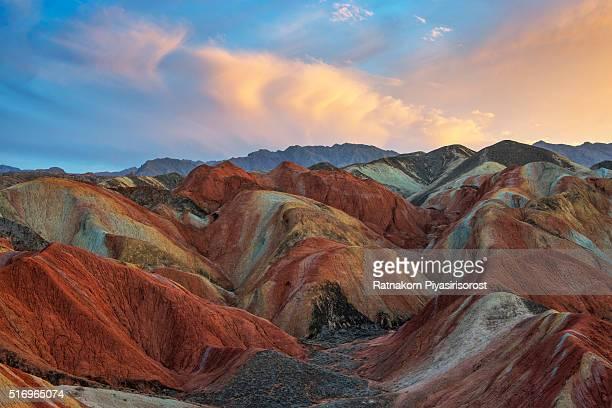 colorful mountain in danxia landform in zhangye, gansu of china - topix 1getty marketing term foto e immagini stock
