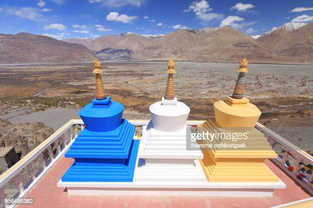 colorful nepal style pagoda - stupa stock pictures, royalty-free photos & images