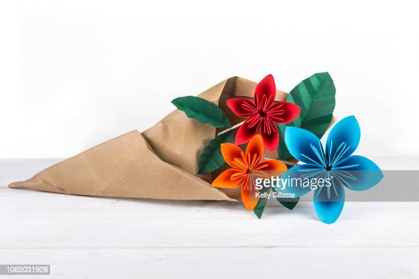 How to Fold : Origami Flower | Do It Yourself - YouTube | 408x612