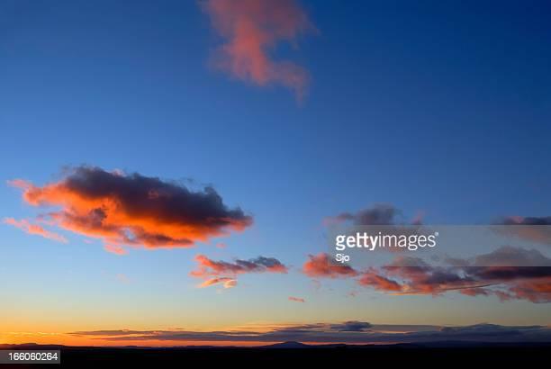 "pôr do sol colorido de provence - ""sjoerd van der wal"" or ""sjo"" - fotografias e filmes do acervo"