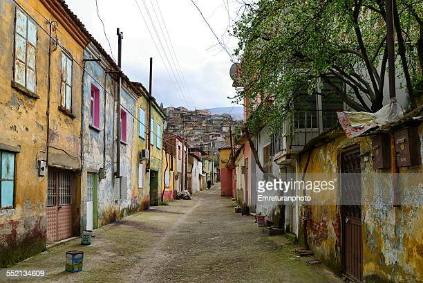 colorful street with old houses in tire - emreturanphoto stock-fotos und bilder