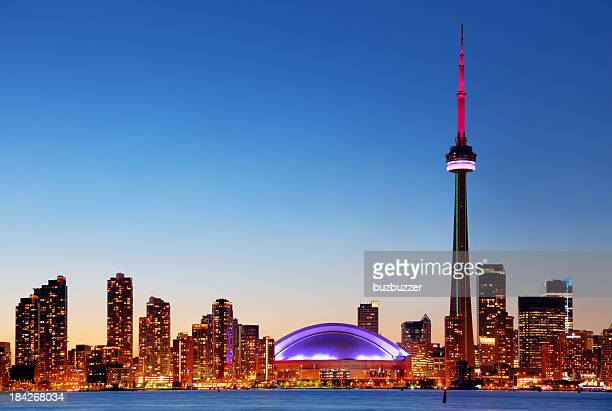 colorful toronto cityscape at sunset - cn tower stock pictures, royalty-free photos & images