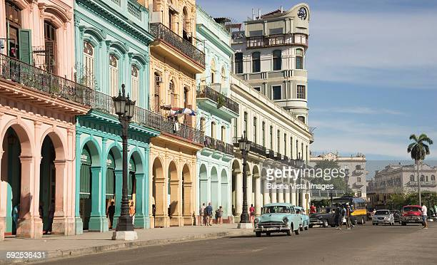 colorful tropical buildings in old havana - ハバナ ストックフォトと画像