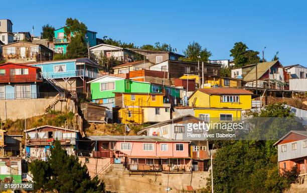 colorful valparaiso - valparaiso chile stock pictures, royalty-free photos & images
