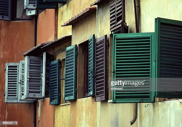 Colorato finestra persiane,, Italia