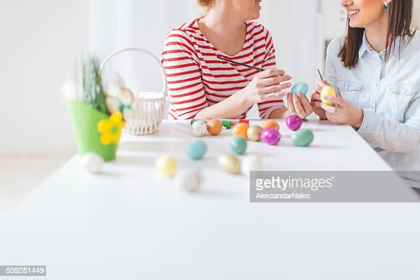 Färben Eier für Ostern