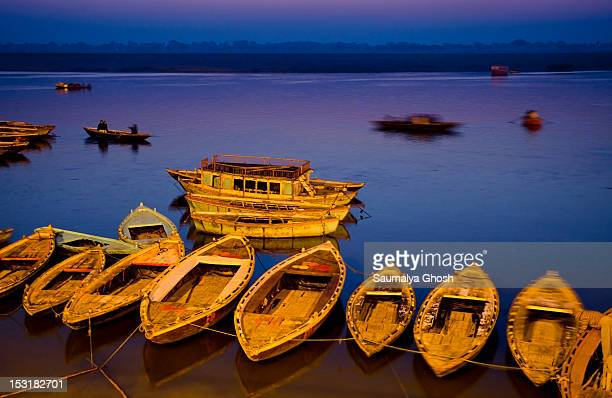 colors of benaras - saumalya ghosh stock pictures, royalty-free photos & images