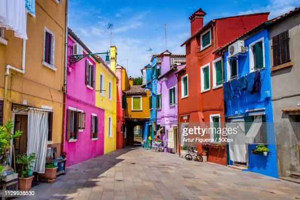 colors of burano - massachusetts stock-fotos und bilder