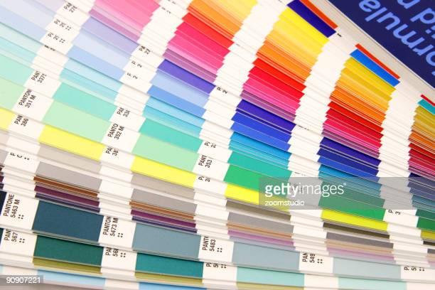 guide de couleurs pantone échantillon de réserver